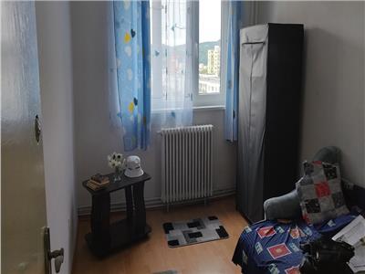 Apartament 3 camere decomandat in Manastur, strada Parang