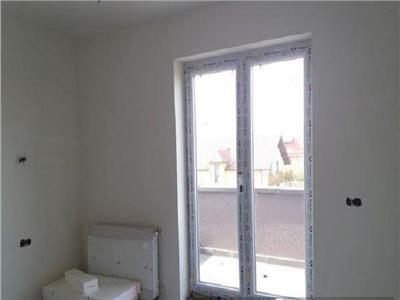 Vanzare Apartament 2 camere cu terasa de 40 mp Zorilor   Europa