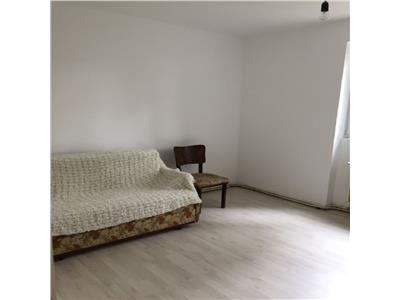 Apartament 3 camere locuinta sau birou, Centru, Sala Sporturilor