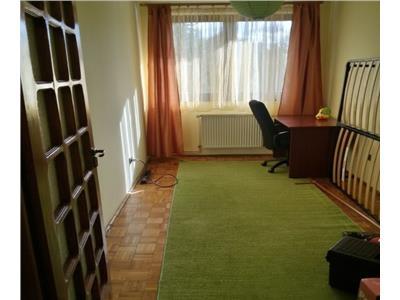 Inchiriere Apartament 3 camere decomandate in Centru Parcul Central