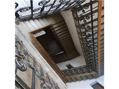 Apartament in Centru pentru locuinta sau birou, Teatrul National