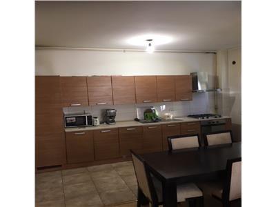Apartament 2 camere decomandat cu garaj si balcon 20 mp in A.Muresanu