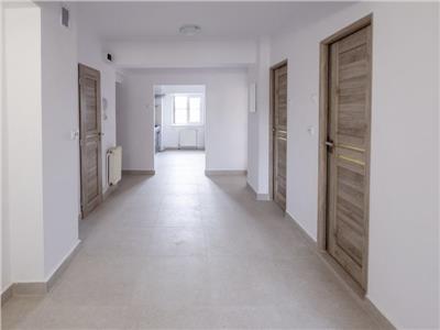 Inchiriere Apartament nemobilat 4 camere de LUX zona Centrala-Cipariu