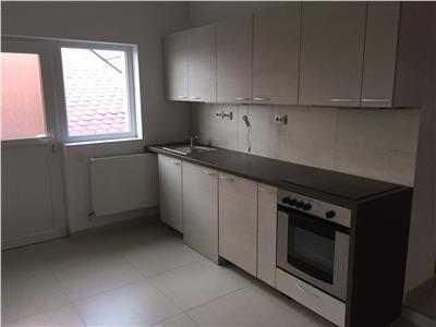 Inchiriere apartament 3 camere decomandate in Zorilor- zona Ciresilor