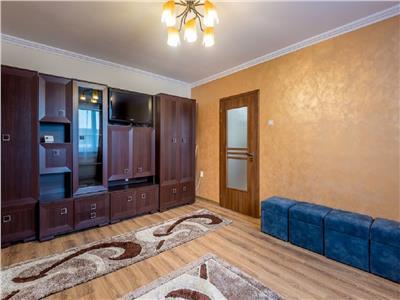Apartament 2 camere decomandat in Centru, P ta M. Viteazu