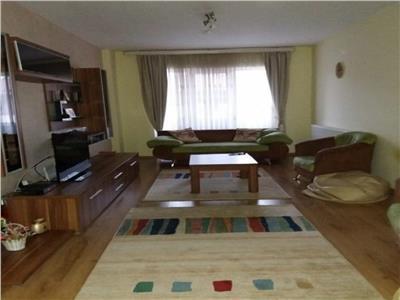 Apartament 3 camere 2 balcoane si 2 parcari in Manastur, Campului