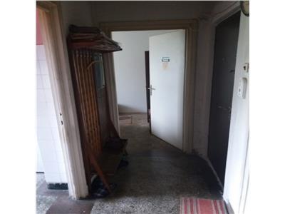 Apartament 3 camere in Centru, P ta Abator
