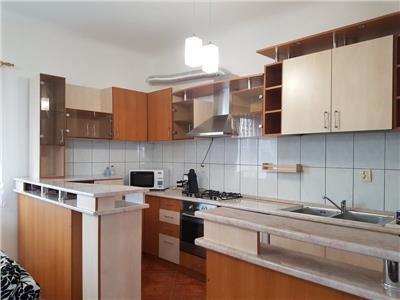 Inchiriere Apartament 4 camere modern in Centru, Cluj Napoca