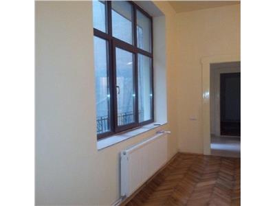 Apartament 3 camere in Centru, Cinema Arta