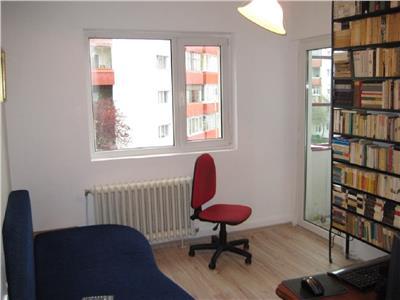 Apartament 4 camere in Manastur etaj 2 zona Piata I. Mester