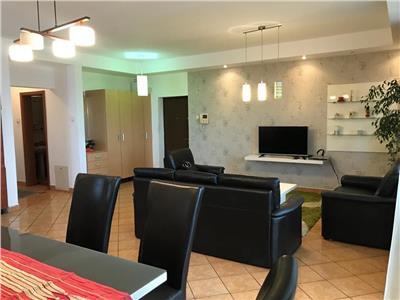 Vanzare apartament 3 camere de LUX in Andrei Muresanu