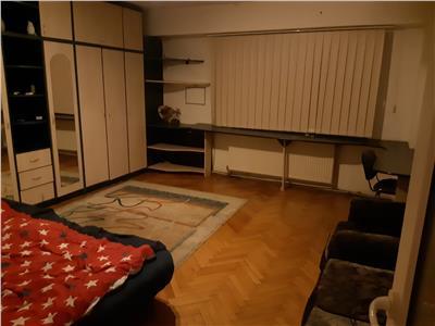 Inchiriere Apartament 3 camere inGheorgheni-Piata Cipariu