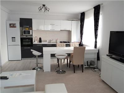 Inchiriere apartament 3 camere modern zona Andrei Muresanu- str Fagului, Cluj Napoca
