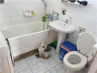 Apartament 4 camere cu garaj si terasa in A.Muresanu, P ta Engels