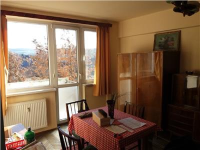 Apartament 2 camere etaj 2 in Grigorescu, zona Coloane