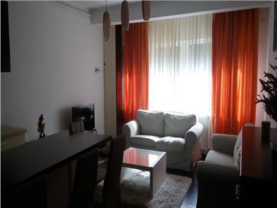 Inchiriere apartament 3 camere in bloc nou in Zorilor- M. Eliade