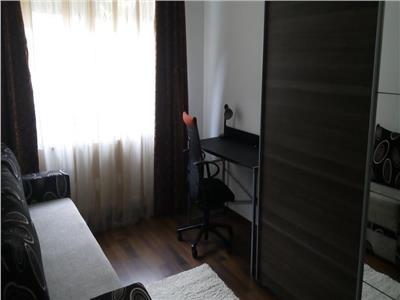 Inchiriere apartament 3 camere in bloc nou in Zorilor  M. Eliade