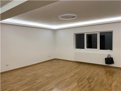 Vanzare apartament 3 camere modern Andrei Muresanu- Alverna