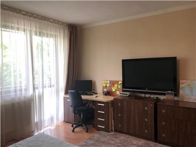 Vanzare apartament 3 camere modern in bloc nou zona Gruia