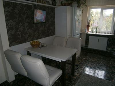 Vanzare Apartament 3 camere zona Aurel Vlaicu - Marasti, Cluj-Napoca