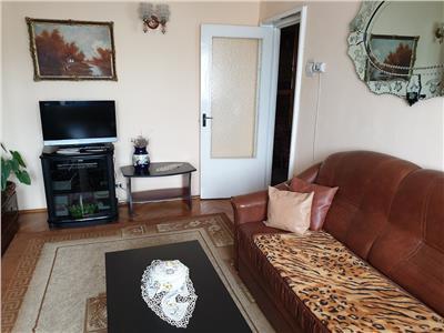 Apartament 2 camere decomandat in Manastur, zona Primaverii-Mol