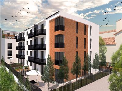Vanzare apartament 45 mp utili cu gradina proprie, zona Centru