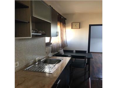 Vanzare apartament 2 camere in vila zona Zorilor-str Frunzisului
