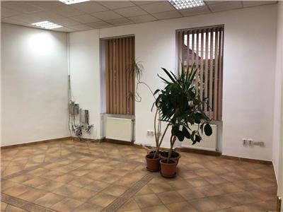 Inchiriere birou 4 camere cu suprafata 108 mp in Centru-Pta M. Viteazu