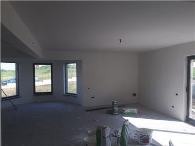Vanzare casa individuala cu 500 mp teren Chinteni, Cluj Napoca
