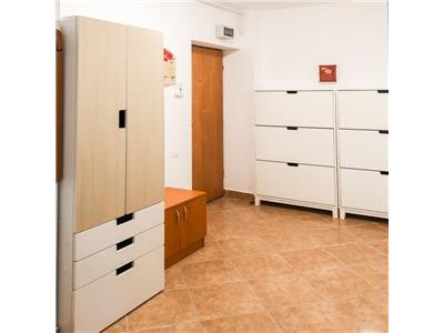 Inchiriere apartament 2 camere decomandat modern Zorilor  C. Turzii