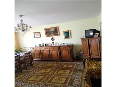 Vanzare Apartament 3 camere confort sporit Piata Cipariu, Cluj-Napoca