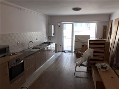 Inchiriere apartament 3 camere modern in Centru- Pta M. Viteazul