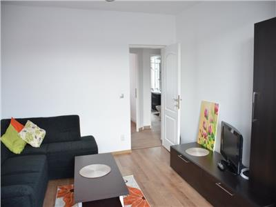 Inchiriere apartament 2 camere decomandate modern in Centru