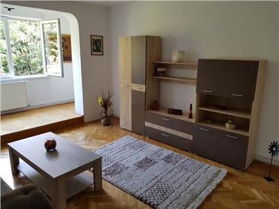 Inchiriere apartament 4 camere modern in Gheorgheni- Iulius Mall