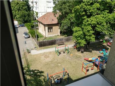 Inchiriere apartament 3 camere modern in Grigorescu  str Hateg