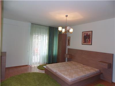 Inchiriere Apartament 2 camere modern zona Manastur, garaj subteran
