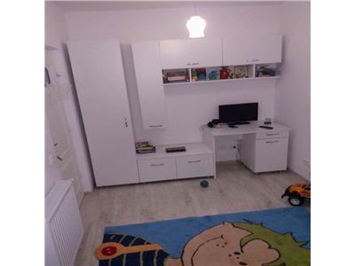 Vanzare apartament 4 camere zona Manastur  E. Quinet