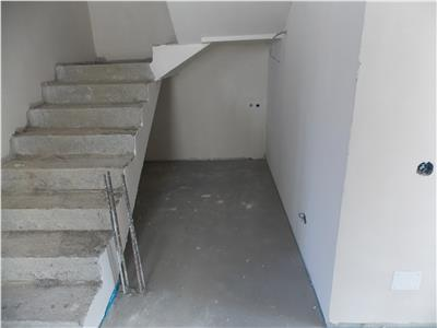 Vanzare parte duplex zona Eugen Ionescu   Europa, Cluj Napoca