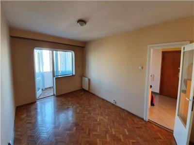 Vanzare Apartament 3 camere zona Titulescu - Gheorgheni, Cluj-Napoca