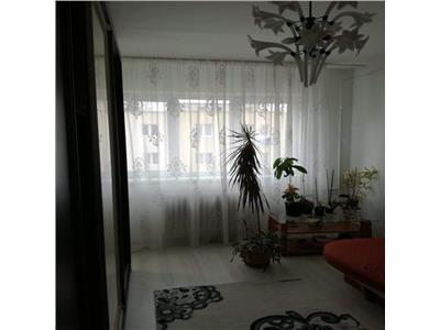 Vanzare apartament 3 camere in zona Manastur Cluj-Napoca