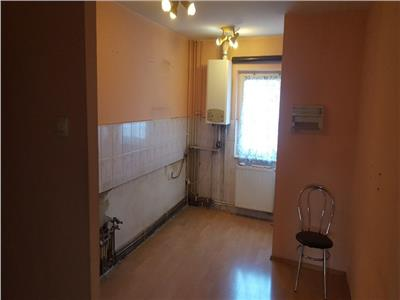 Vanzare apartament 4 camere etaj 2 UMF Zorilor, Cluj-Napoca