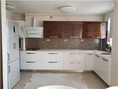 Vanzare apartament 4 camere tip penthouse zona Leroy Merlin Zorilor, Cluj-Napoca